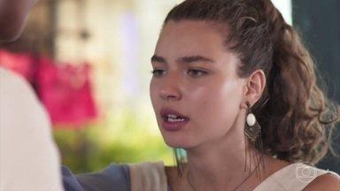 Rita fica magoada com Felipe e pede para ele sumir de sua vida - Rita e Felipe discutem por causa de ciúmes e desconfianças infundadas