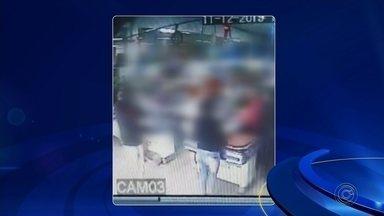 Ladrões são presos após roubo a mercado em Avaré - Ladrões foram presos após o roubo a um mercado em Avaré (SP), nesta quarta-feira (11).