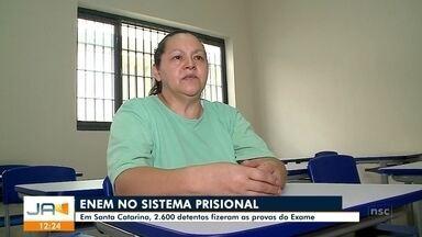 Em Santa Catarina, 2.600 detentos fizeram a prova do Enem - Em Santa Catarina, 2.600 detentos fizeram a prova do Enem