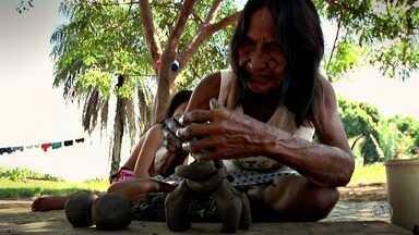 Confira a 3ª reportagem da Série Mulheres do Cerrado - Mulheres carajás produzem artesanato com cerâmica no Vale do Araguaia