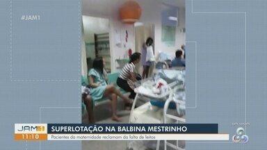 """Pacientes reclamam de superlotação em maternidade de Manaus - Secretara de Estado de Saúde do Amazonas afirma """"que não procede a informação de que as pacientes estejam deitadas em bancos pela falta de leitos""""."""