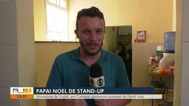 Moradores de Ururaí, em Campos, ganharam surpresa de Natal neste sábado - Ação tentam amenizar a preocupação de famílias que moram perto do Rio Ururaí.