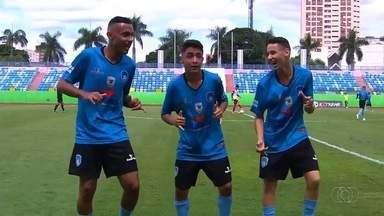 Os gols de Parque Atheneu 3 x 0 Carolina Park pela Taça das Favelas - Equipes faz 3 a 0 no Estádio Olímpico, em Goiânia, e fica com o título da primeira edição goiana do torneio.