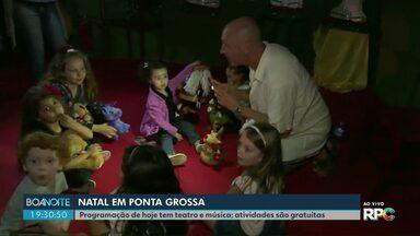 """Programação de Natal em Ponta Grossa tem teatro e música - No domingo (15), uma das atrações é a peça """"O Impostor"""", na Casa da Memória."""