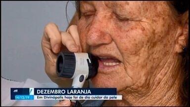 Dezembro Laranja: fichas de atendimentos gratuitos são distribuídas em ação em Divinópolis - Esta foi a terceira edição do evento que tem como foco detectar e prevenir o câncer de pele.