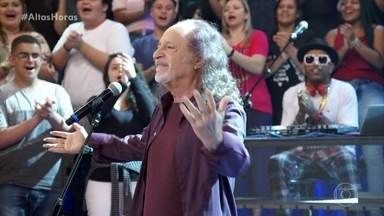 Alceu Valença encanta com 'Anunciação' - Plateia canta junto com o cantor