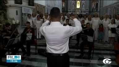 Noite na Catedral Metropolitana de Maceió tem concerto natalino com oito coros - Músicas natalinas vão ser apresentadas pelos coros alagoanos.