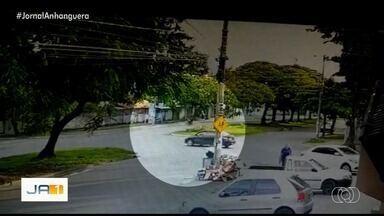 Motociclista morre após bater em um carro na Av. Universitária, em Goiânia - Homem chegou a ser socorrido, mas morreu no Cais Leste Vila Nova.