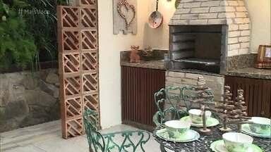 'Dando Um Retoque' entrega a churrasqueira de Raimundo Porquinho - Veja como foi a reação da família ao ver o novo espaço