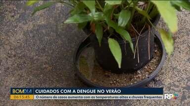 O número de casos de dengue aumenta com as temperaturas altas e chuvas frequentes - Nesta época do ano é preciso redobrar os cuidados com o mosquito da dengue.