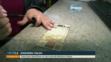 Fim de ano aumenta o número de notas falsas pelo comércio - As mais comuns são as cédulas de vinte e cinquenta reais.