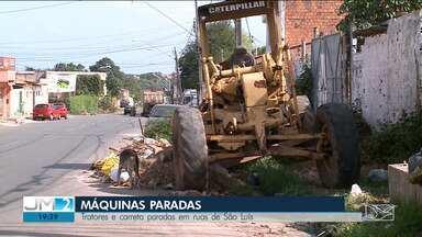 Carretas e máquinas abandonadas causam transtornos em São Luís - Veículos e máquinas estão jogados em ruas e avenidas e causam problemas para quem mora por perto.