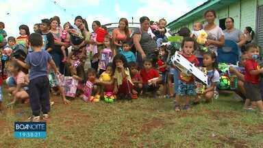 Campanha de Natal da RPC arrecadou alimentos e brinquedos - Foram 70 toneladas de alimentos e 70 mil brinquedos.