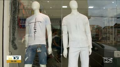 Roupas para compor o look do Ano Novo são os mais procurados no Maranhão - Aumenta a procura de roupas para a festa da virada de ano no município de Imperatriz.