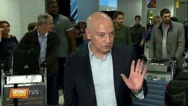 Jesualdo desembarca no Brasil para assumir o Santos - Jesualdo desembarca no Brasil para assumir o Santos