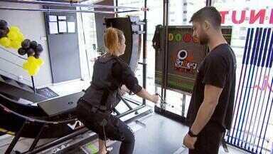 Tecnologia ajuda na prática de exercícios físicos em Juiz de Fora - Telão para spinning e eletroestimulação são alternativas para ajudar nas atividades