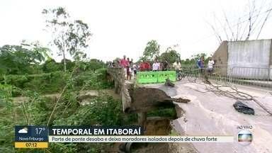Parte de ponte desaba e deixa moradores isolados depois de temporal em Itaboraí - Ponte foi interditada por tempo indeterminado pela Defesa Civil.