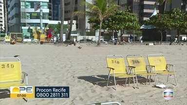 Saiba quais práticas são permitidas ou proibidas por comerciantes nas praias - De acordo com as orientações do Procon, vendedores não podem cobrar taxa mínima de consumação aos clientes.
