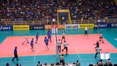 Em busca do tri, Vôlei Taubaté vence Maringá e avança à semifinal da Copa Brasil - O Vôlei Taubaté venceu o Maringá por 3 sets a 0 na noite desta terça-feira, 14, no ginásio do Abaeté, pelas quartas de final da Copa Brasil de Vôlei.