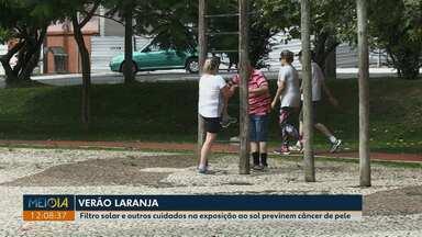 Dezembro Laranja: Meio-Dia Paraná dá dicas de como evitar câncer de pele - Há outros cuidados além do uso do filtro solar que protegem contra os raios solares.