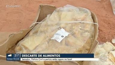 Polícia identifica comércio de onde saíram carnes jogadas no Nova Lima - Proprietário deve ser ouvido nos próximos dias e polícia diz que vai intensificar fiscalização