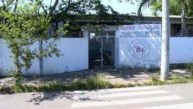Escolas estaduais voltam às aulas em Santa Maria - Greve chegou aos 58 dias de duração.