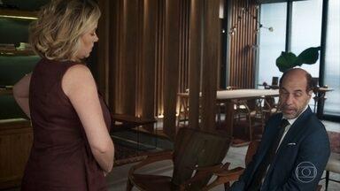 Regina apoia Max, mas defende Serginho - Max diz a família vai ficar prejudicada financeiramente após sua demissão da empresa