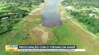 Nível baixo de represa prejudca o turismo em Avaré - Vazão de água foi aumentada na Hidrelética Jurumirim para ajudar a Hidrelétrica de Chavantes.
