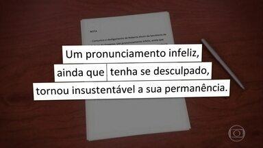 Nota de demissão de Alvim foi assinada por Bolsonaro nesta sexta (17) - Roberto Alvim usou as redes sociais dizendo que tinha colocado o cargo à disposição do presidente, mas no Diário Oficial saiu como exoneração.