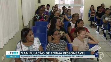 Vigilância Sanitária orienta sobre venda de alimentos no Cristoval - Manipulação dos alimentos deve acontecer de forma responsável.