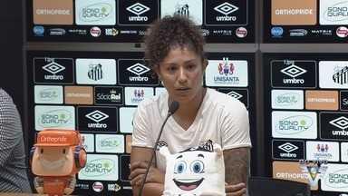 Cristiane regressa às Sereias da Vila para sua terceira passagem pelo Santos - Atacante foi apresentada nesta segunda-feira (20), na Vila Belmiro.