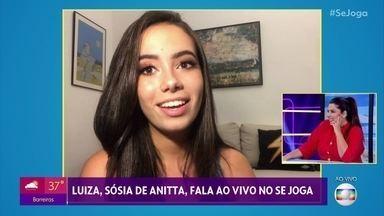 Sósia de Anitta faz sucesso nas redes sociais - Conheça Luiza, a estudante que é a cara da cantora Anitta