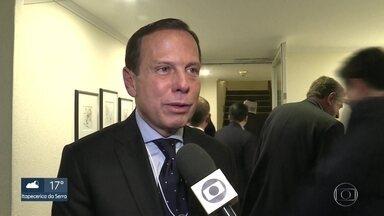 Indústria de papel vai investir R$ 1 bilhão em São Paulo - O anúncio foi feito pelo governador João Doria, na Suíça.