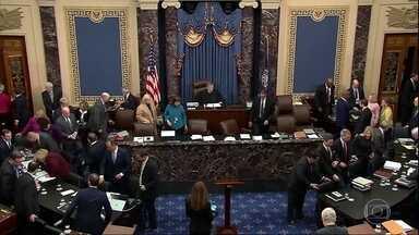 Termina a apresentação dos argumentos de acusação contra Donald Trump no Senado - Os democratas disseram, durante o processo de impeachment no Senado, que Trump trabalhou duro para encobrir que teria coagido a Ucrânia a investigar um inimigo político do presidente.