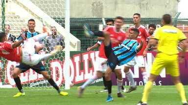 Melhores momentos de Internacional 1 (3) x (1) 1 Grêmio pela final da Copa São Paulo - Melhores momentos de Internacional 1 (3) x (1) 1 Grêmio pela final da Copa São Paulo