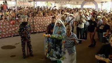 Grupos de folia de reis se apresentam na Matriz de Campinas, em Goiânia - Foram 80 apresentações. Quase 40 grupos vieram de outras cidades.