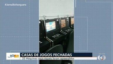 Polícia Civil fecha casas de jogos em Goiânia - Equipes apreenderam 33 máquinas caça-níqueis.