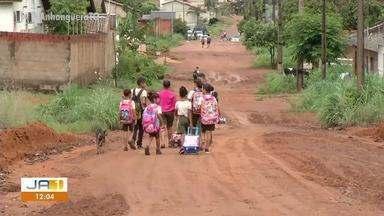 Moradores sofrem com a falta de infraestrutura e segurança no setor Santa Fé 2 - Moradores sofrem com a falta de infraestrutura e segurança no setor Santa Fé 2