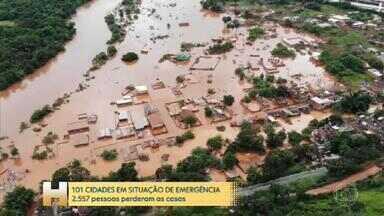 101 cidades decretaram emergência em MG, 18 pessoas continuam desaparecidas - Sobe para 45 o número de mortes causada pelas chuvas que atingem o estado de Minas Gerais. 101 cidades decretaram situação de emergência.