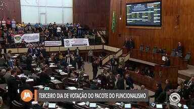 No terceiro dia, Assembleia retoma votação do pacote de reformas do governo do RS - Veja como tem sido o dia a dia de votação.