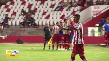 Confira as notícias esportivas desta sexta-feira (31) - Sport apresenta Leandro Barcia e Jean Patrick, Náutico comemora boa fase com Kieza e Santa Cruz enfrenta Vitória.