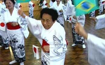 Um pedaço do Japão no Brasil - Às vésperas do centenário da imigração, vamos visitar um pedaço do Japão que existe no Brasil. Zeca Camargo foi conferir uma das cidades com o maior número de japoneses no país.