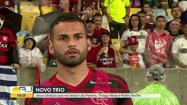 Flamengo vai colocar reforços em campo - Léo Pereira, Thiago Maia e Pedro Rocha podem jogar sábado