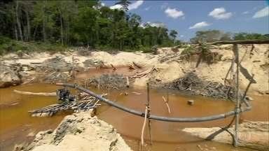 Projeto do governo regulamenta mineração em terras indígenas - Proposta do presidente Jair Bolsonaro já está no Congresso. Projeto de lei também regulamenta a geração de energia elétrica em terras indígenas.