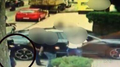 Polícia registra novos casos de roubo de relógios de luxo - Bandidos armados chegam de moto e assaltam clientes de bares e restaurantes.
