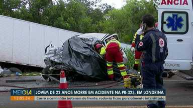 Jovem morre em acidente na PR-323 em Londrina - Carro e caminhão bateram de frente. Rodovia ficou parcialmente interditada.