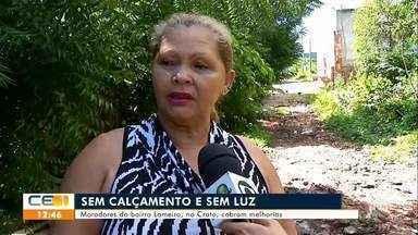 Moradores do bairro Lameiro, no Crato, cobram calçamento e iluminação - Saiba mais no g1.com.br/ce