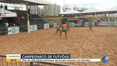 Salvador recebe a primeira etapa do Campeonato Brasileiro de Futevôlei - Cerca de 100 atletas participam da disputa.