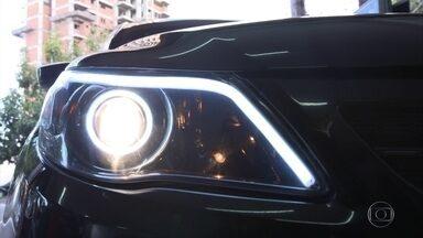 Cuidados para colocar LED e máscara negra no farol - Cuidados para colocar LED e máscara negra no farol.
