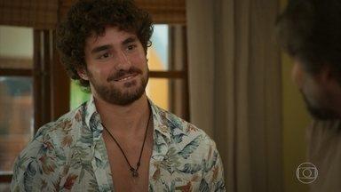Mário agradece o apoio de Juan - Gabi diz para Juan que Helena precisa ser avisada sobre a morte da filha